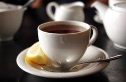 Espresso mit Zitrone